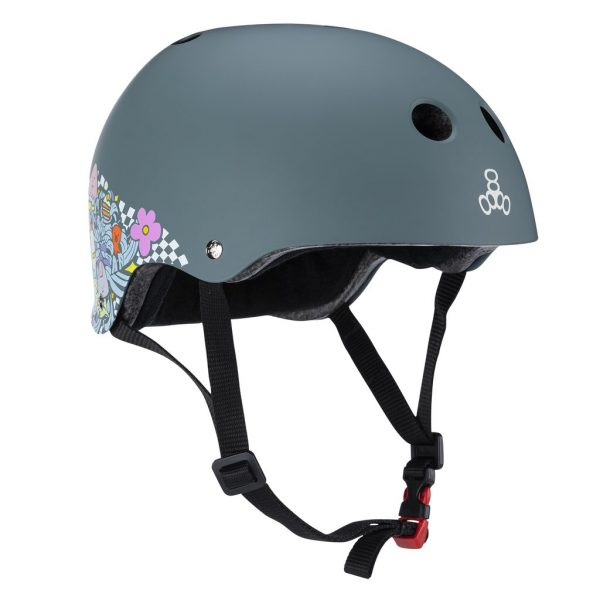 Lizzie Armanto Helmet 2